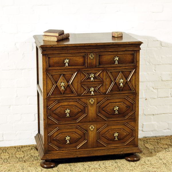 Narrow Chest of Drawers - Solid Oak Chests of Drawers - Tudor Oak, UK