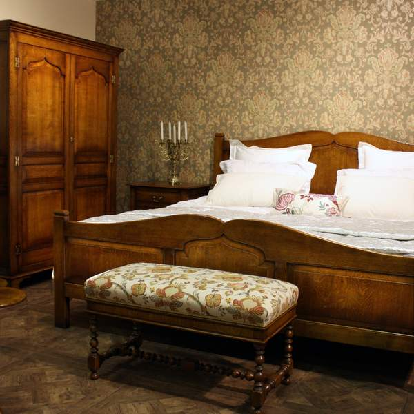 Solid Oak Bedroom Furniture - Fully Handmade, Bespoke - Tudor Oak, UK