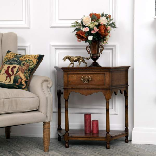 Oak Hallway Furniture - Hallway & Console Tables, Settles - Tudor Oak, UK