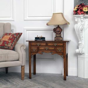 Side & Lamp Tables