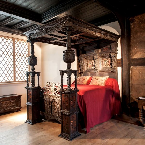 Ordsall Hall Four Poster Bed